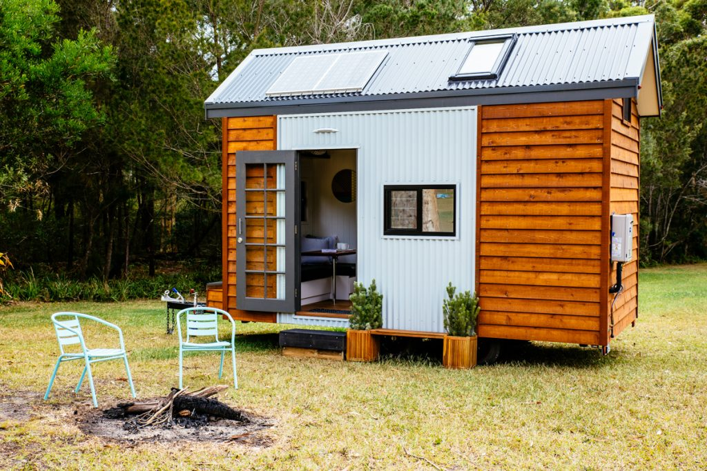 Independent series 4800dl tiny home designer eco homes for Small sustainable homes