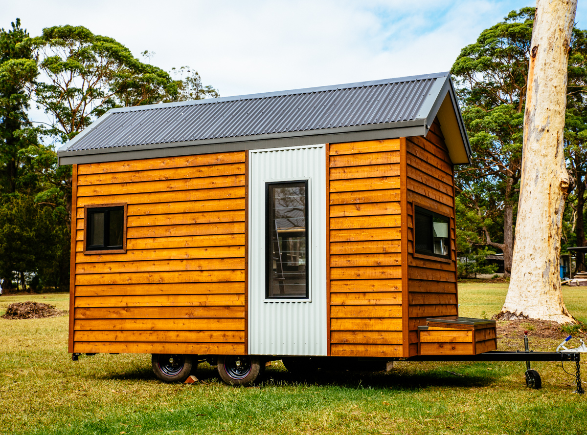 Independent Series 4800DL Tiny Home