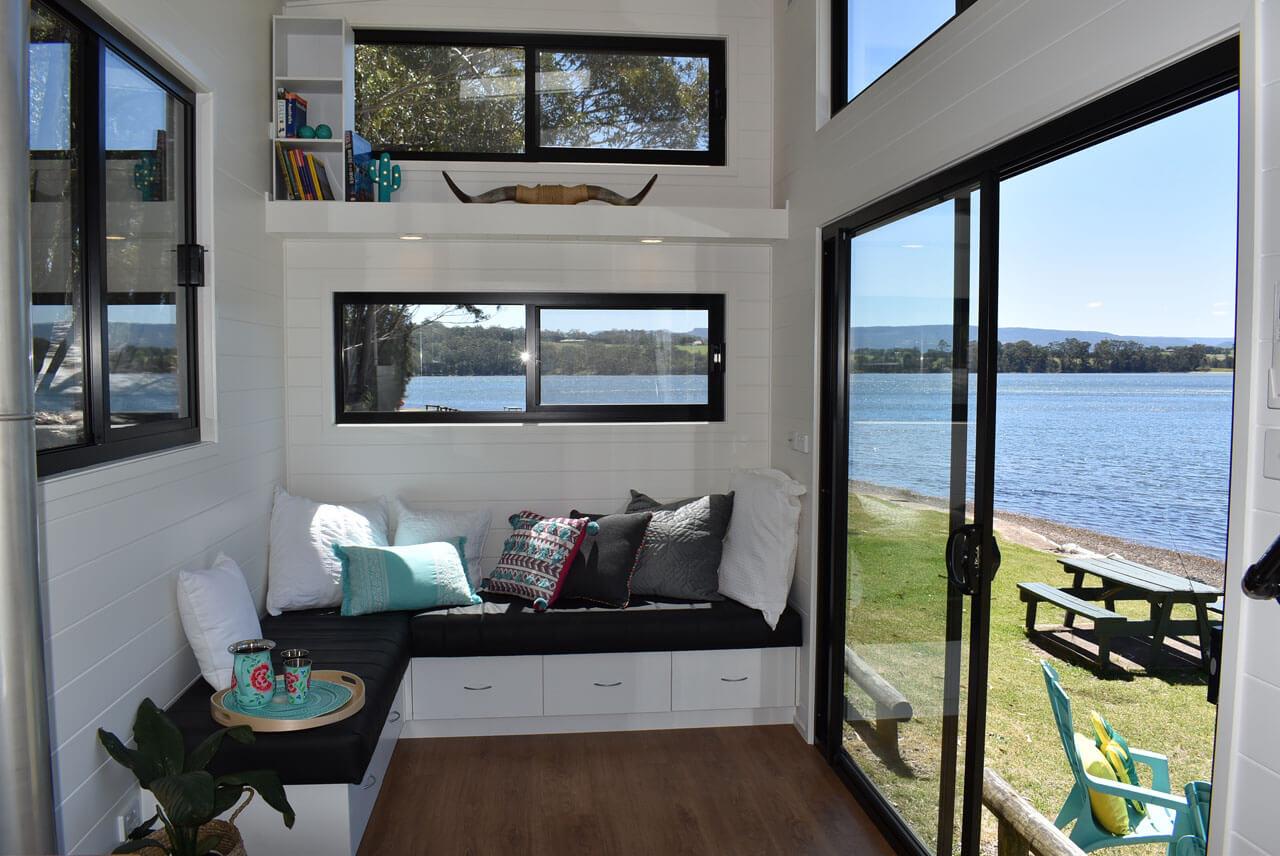 Lifestyle Series 7200SL Living Room