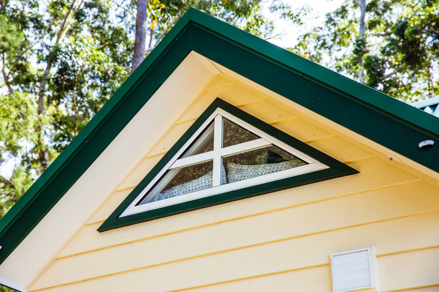 Lifestyle Series 7200SLC Tiny Home Angled Window