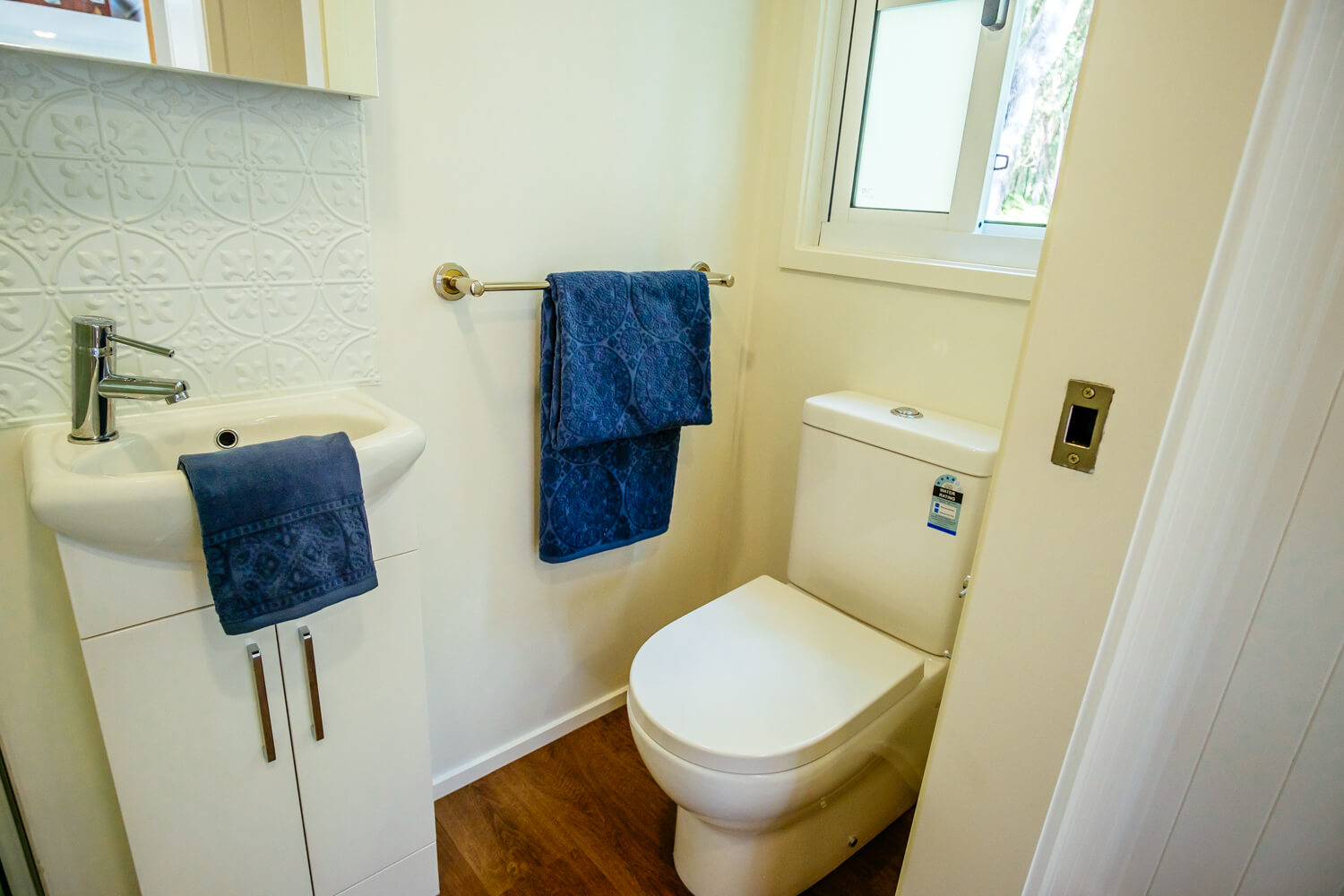 Lifestyle Series 7200SLC Tiny Home Toilet