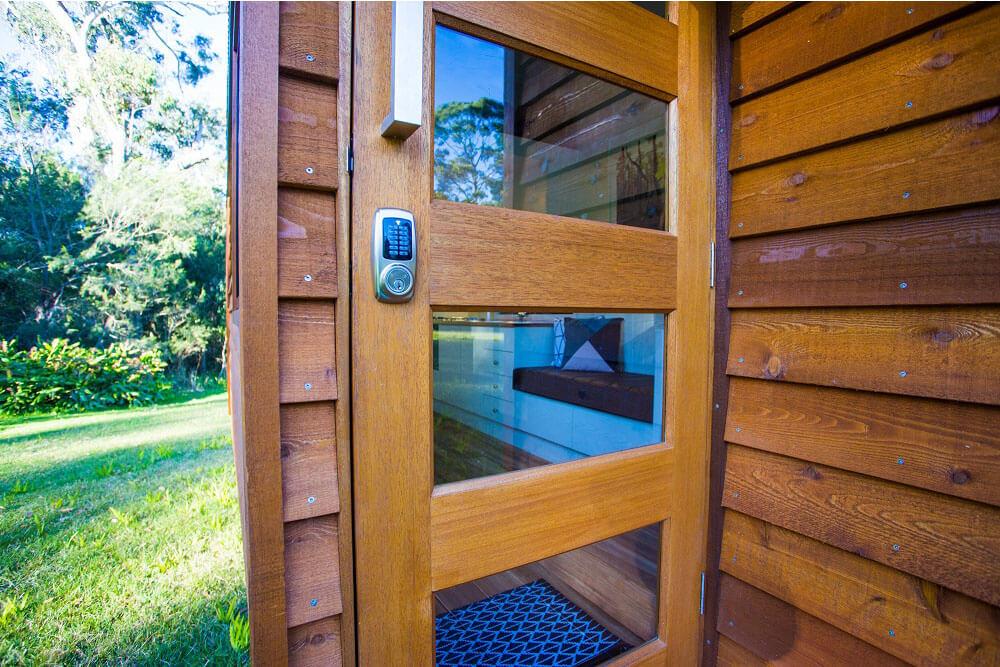 6000dlp_0009_GS 6000DLP -Door