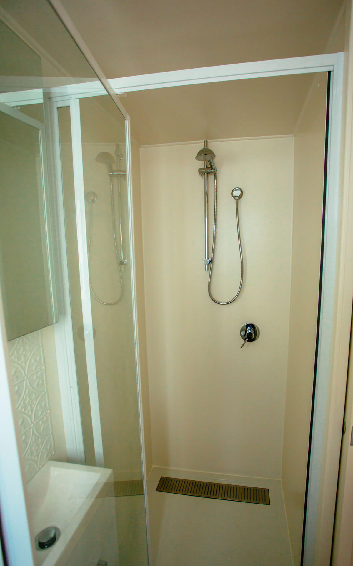 GS6000DLS-Shower