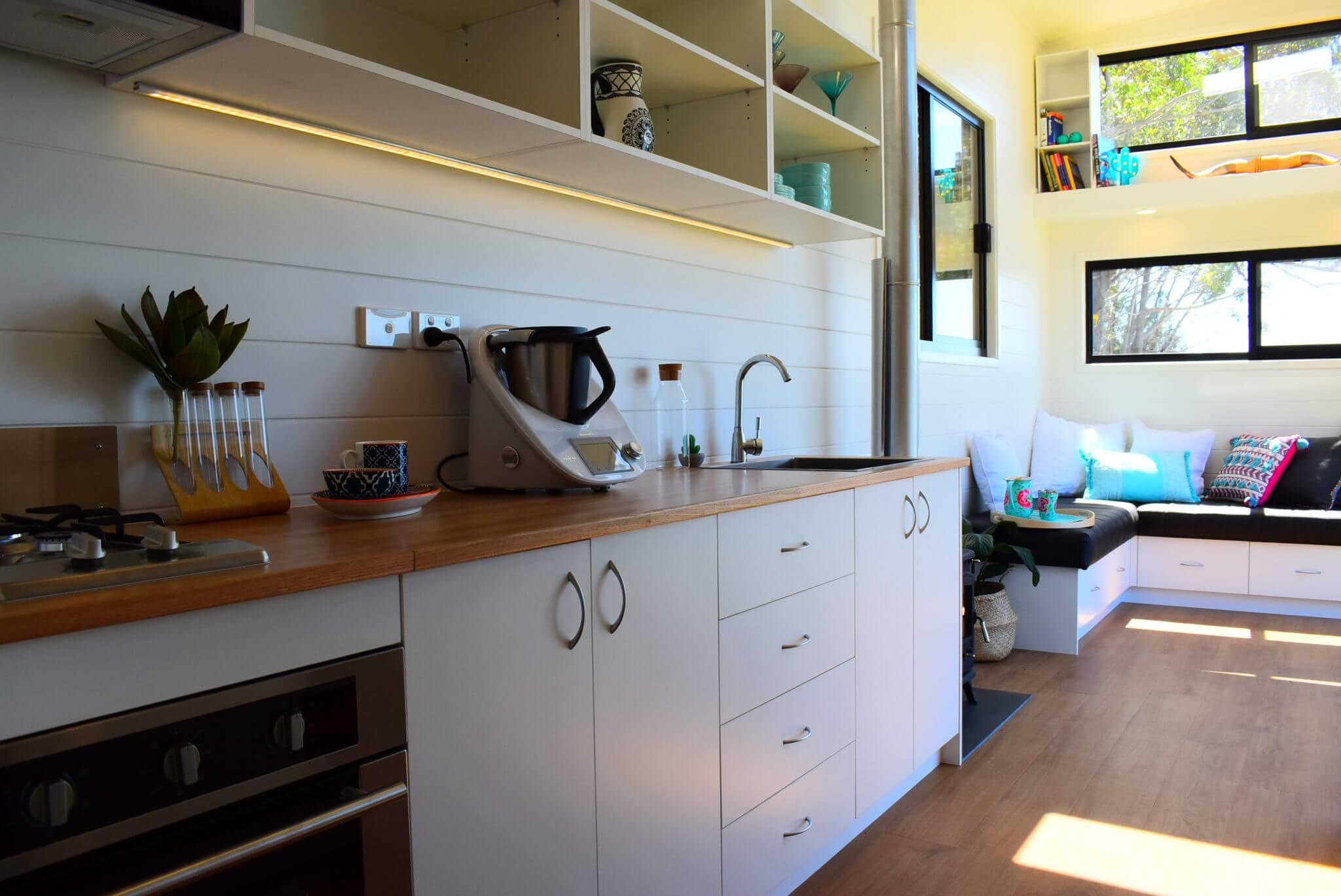 LS7200SL Kitchen